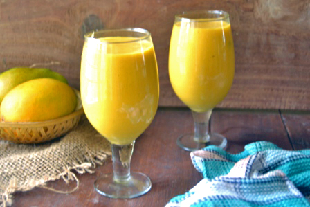healthy mango oatmeal smoothie